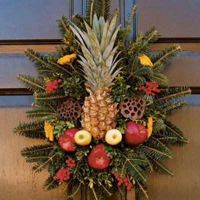 Christmas wreaths carolina lifestyles - Admirable christmas wreath decorating ideas to welcome the december ...